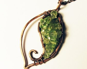 Green Peridot Gemstone Leaf Pendant - Copper Wire-wrap Nature Necklace with Olivine