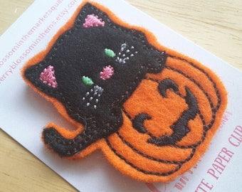 Cat on a Pumpkin Paper Clip