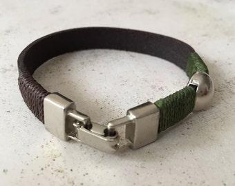 Bracelet Brown for men, Mens leather bracelet, Silver metal closure, Mens Gift. Green Bracelet, Brown Bracelet