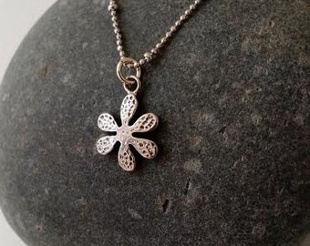 Small Silver Flower Pendant Necklace, Sterling Silver Dainty Flower Necklace ,Cute Small Daisy Charm