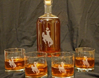 Wyoming Cowboys Whiskey Decanter Set- Etched Whiskey Set- Personalized Decanter - Gifts for Men - Bourbon Decanter - Etched Glass Gifts