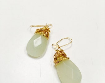 Jade wire wrapped dangle earrings