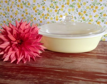 Vintage Glasbake Casserole Dish With Lid Pale Yellow
