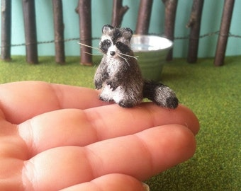 Miniature Raccoon, Dollhouse Raccoon, Handmade Raccoon, Clay Raccoon, Sculpted Raccoon, Mini Raccoon, Miniature Animals, Dollhouse Animals