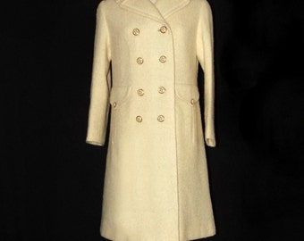 Vintage 1960s wool boucle coat, cream or off white, double breasted, classic, Jackie O, Mad Men, Pioneer Coat, long coat, medium size