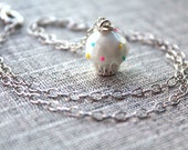 Cupcake Necklace, White f...
