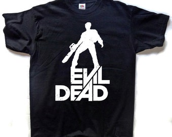 Evil Dead T-SHIRT Ash With Chainsaw