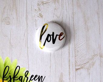 "Badge 1 ""- Love metal gold"