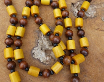 Retro Necklace - 70's Necklace - Wood Bead Necklace - No Clasp - Long Necklace