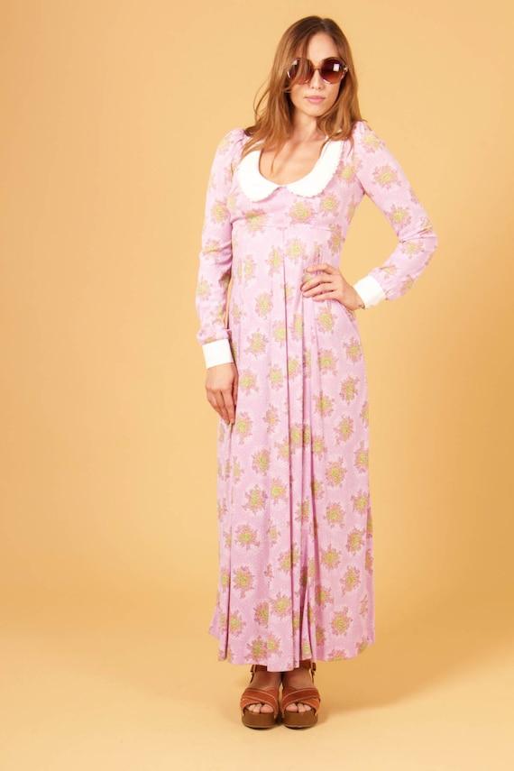 vtg 70s COLLARED MAXI dress