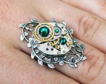 Steampunk ring, steampunk jewelry, vintage ring, swarovski ring, green ring