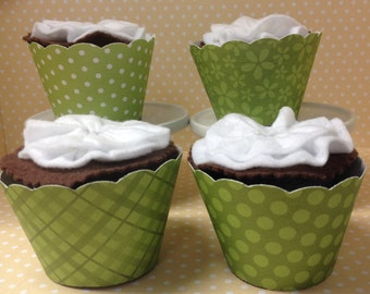 Light Green Cupcake Wrappers - set of 10