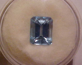 Swiss Blue Topaz 4.62 Carats, 10 X 8 MM, Clean and Bright. FREE shipping in the United States
