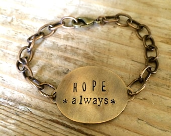 The {hope always} textured Chain Bracelet
