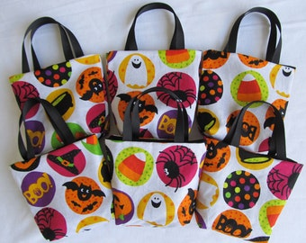 Set of 6 Halloween Fabric Gift Bags/ Party Favor Bags/ Halloween Goody Bags- Halloween Icons