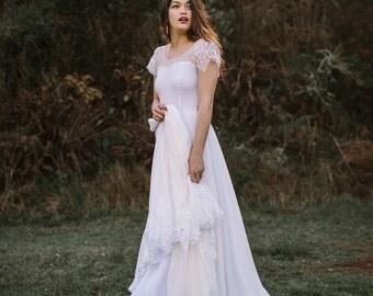 Sweetheart Boho Wedding Dress with Lace Illusion Sweetheart Neckline, Chiffon Skirt, and Damask Eyelash Lace Cap Sleeves - Erin Dress