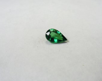Tsavorite Garnet Loose Gem.  Clean 1.61ct Natural Tsavorite Garnet Pear Loose Gemstone.