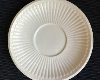 Wedgwood Etruria EDME Cream color 1961