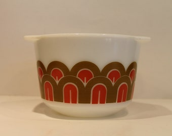 Pyrex - Straight Sided - Design Pattern - Arches Pattern - Fish Scale Pattern - Pyrex #343