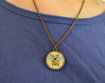 embroidered bumblebee necklace / embroidery art necklace