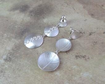 Leaf print triple dome earrings