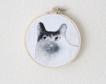Black and White Cat Embroidery Hoop Art, Minimalist Tuxedo Cat Acrylic Painting, Kitten Memorial Portrait, Cat Lover Birthday Gift