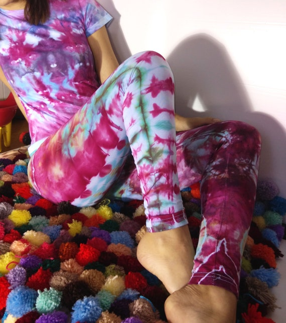 Tye Dye leggings at Heartmade Dyes