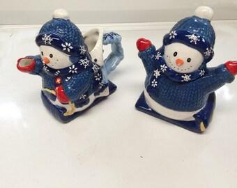 SNOWMAN Pitcher (Pot/Pourer) & Sugar Bowl/Dish - Ceramic Blue snow scene - CUTE!