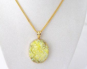 druzy necklace - druzy pendants - titanium druzy pendant-gold jewlry-drusy-druzy jewelry- titanium druzy- gemstone jewelry - agate necklace