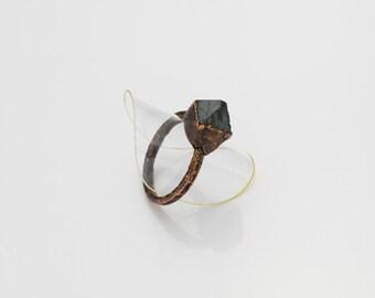 Magnetite Crystal Copper Ring