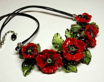 Handmade lampwork necklace with murano glass red poppies, flower necklace, glass necklace, beaded necklace, leather necklace, artisan glass