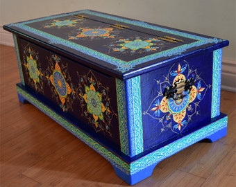 Hand Painted Solid Wood Trunk/Chest. Size 32 x 15.5 x 13 inches. Painted furniture. Boho style.