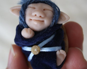 Polymer baby fairy doll in bleu velvet blanket in nutshell - art doll collection elf DM Team