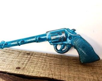 Teal Pistol Key Hook - Entryway Key Holder - Hunting Nursery Decor - Southwestern Wall Decor - Rustic Wall Hooks - Key Hanger - Gun Decor
