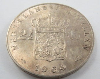 Netherlands Antilles 1964 Silver Two and a Half Gulden Coin.