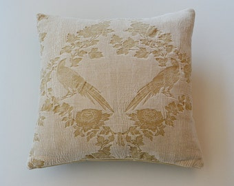Velvet pillow bird textured fabric by Kohro 40 x 40 cm