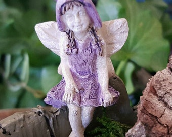Miniature Teeny Sitting Fairy Betty