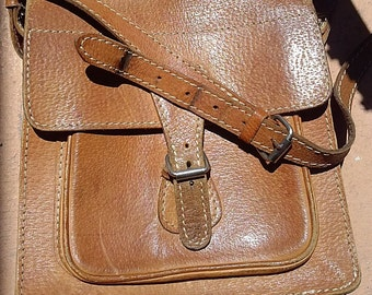Vintage brown leather satchel bag
