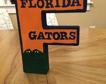 University of Florida Gator Vintage Style Painted Canvas Letter 8 inch
