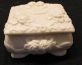Shabby Chic trinket box