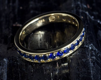 Memoryring/Alliance ring made of 585 gold with blue sapphires