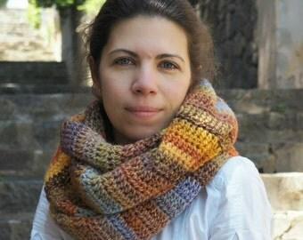 Bright, stylish crochet cowl - Chunky cowl - Infinity Scarf - Crochet warmer -  Crochet snood - Infinity Cowl Multicolored