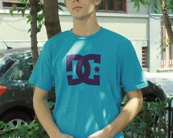 Vintage DC front logo T-shirt in blue