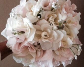 WEDDING BOUQUET peachy/white