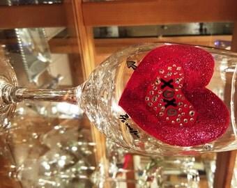 """Hand Painted Valentine Wine Glass """"XOXO"""""""