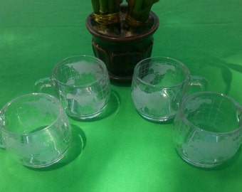 Nestle World/Clear Coffee Mugs set of four from the 1970's/Vintage/Fathers Day