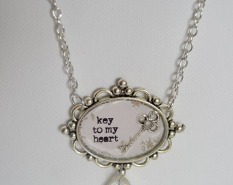 "Vintage style ""Key to my heart"" necklace"