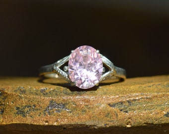 Oval Pink Solitaire Vintage Silver 925 Ring, US Size 8.0, Used
