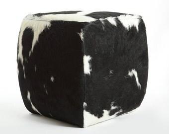 Cuadrados PUF - Puf de vaca blanco y negro tradicional
