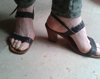 heel Sandals all leather, dark green, T. 38, 80s